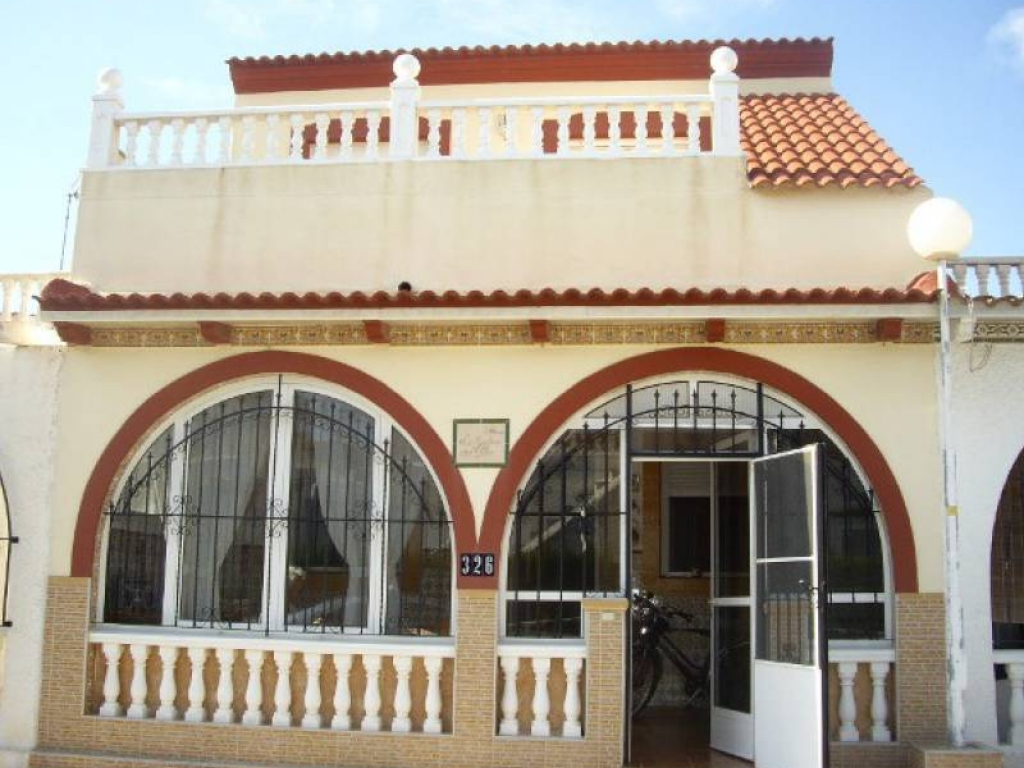 2 Bedroom 2 Bathroom Bungalow in Los Alcazares