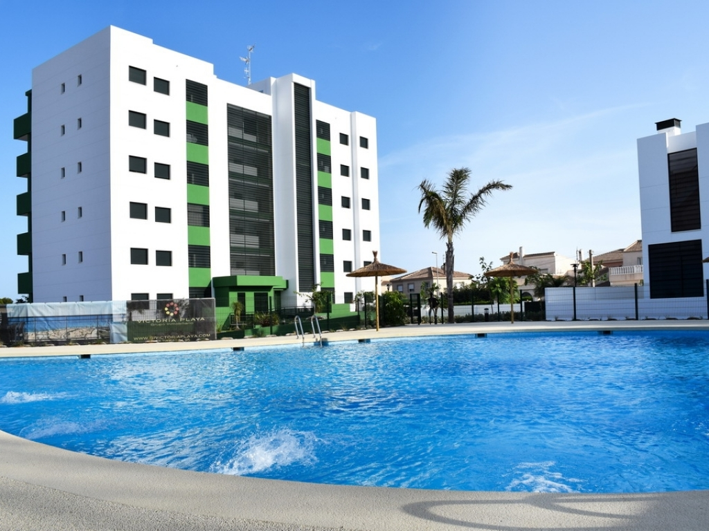 Key Ready 3 Bedroom 2 Bathroom Ground floor Apartment in Mil Palmeras