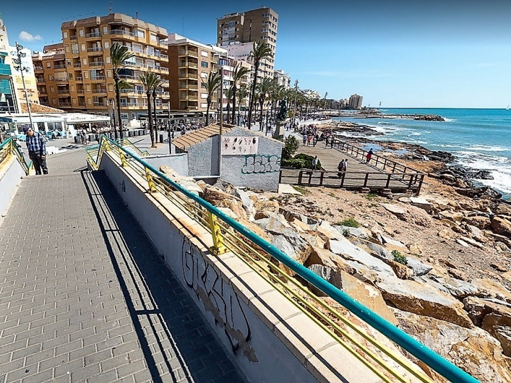torrevieja water front (2)
