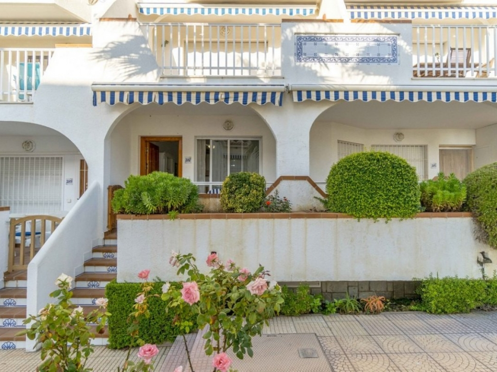 1 Bedroom 1 Bathroom ground floor apartment in Cabo Roig