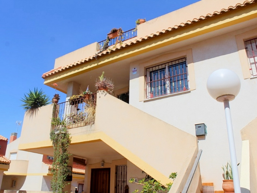 La Zenia 3 Bedroom 2 Bathroom Apartment in Urb.Amapolas