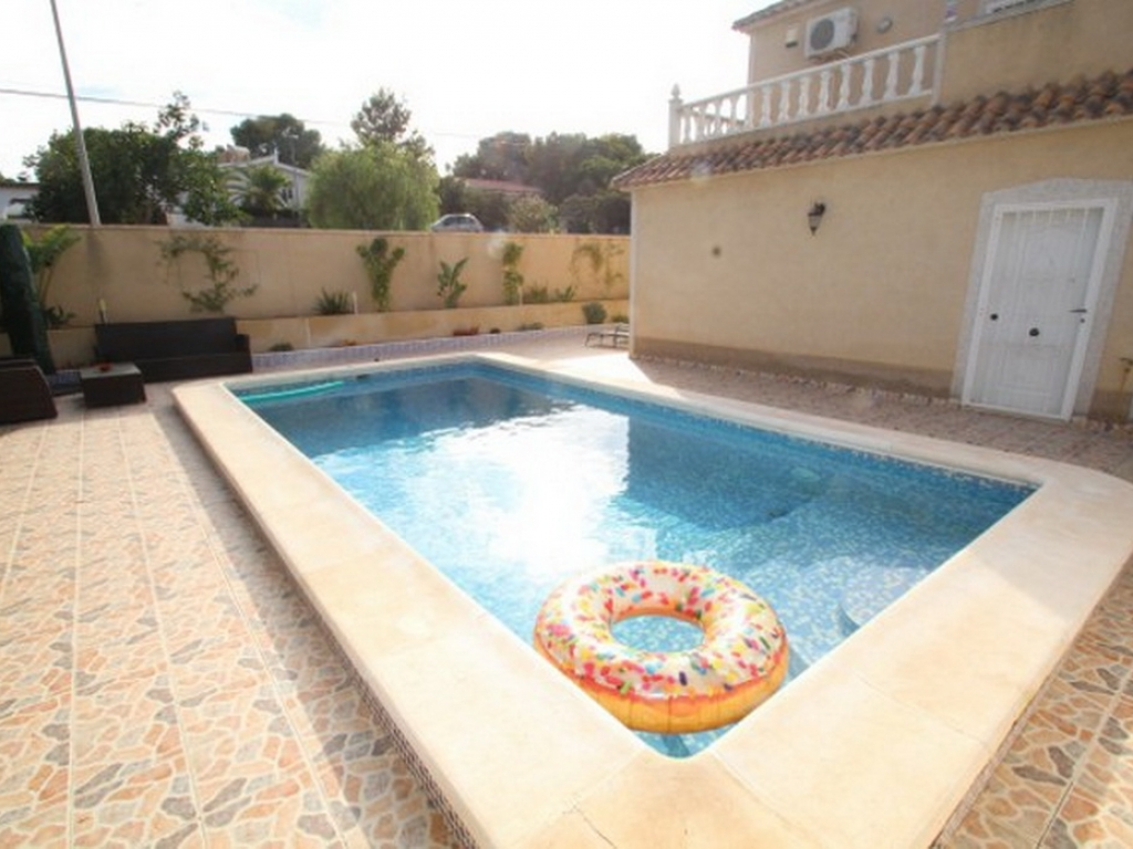 los_balcones_detached_villa_for_sale_torrevieja_2549_14