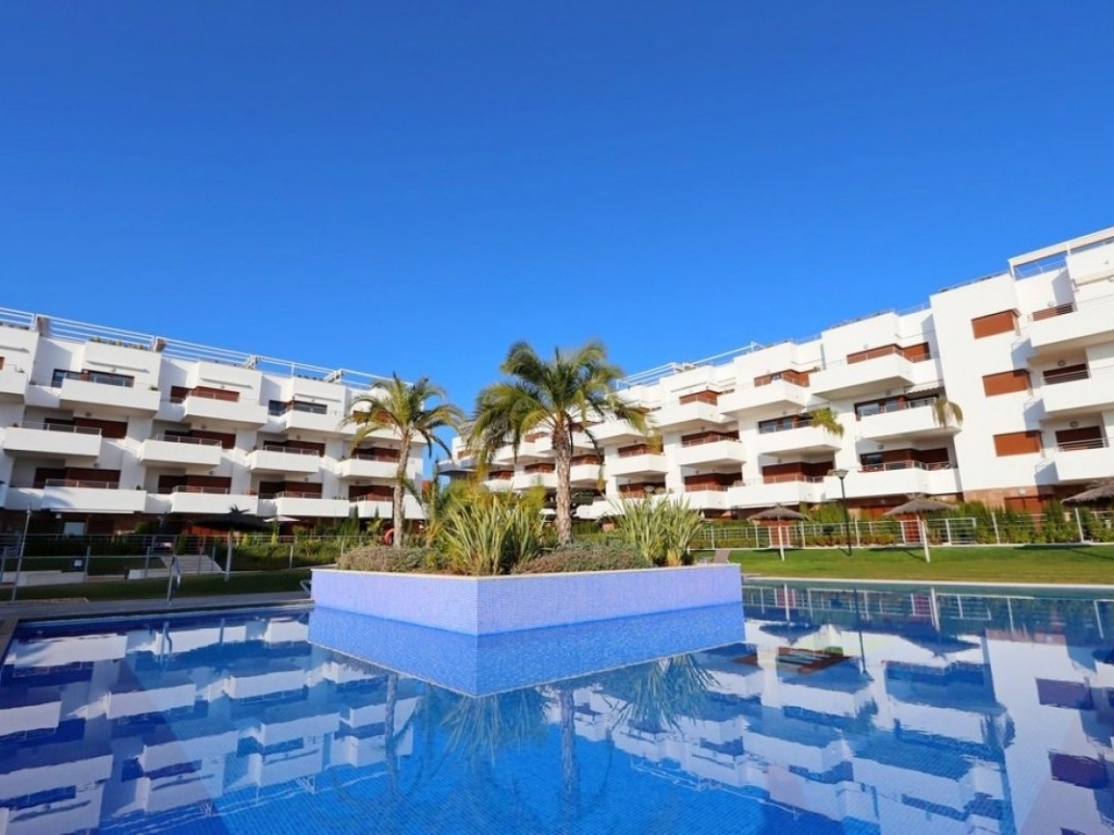 2 Bedroom 1 Bathroom Apartment in Lomas de Cabo Roig