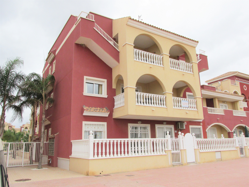 2 Bedroom 2 Bathroom apartment in Los Alcazares