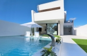 LMCN18626, 3 bed 2 bath semi-detached Modern Villa with pool and south facing