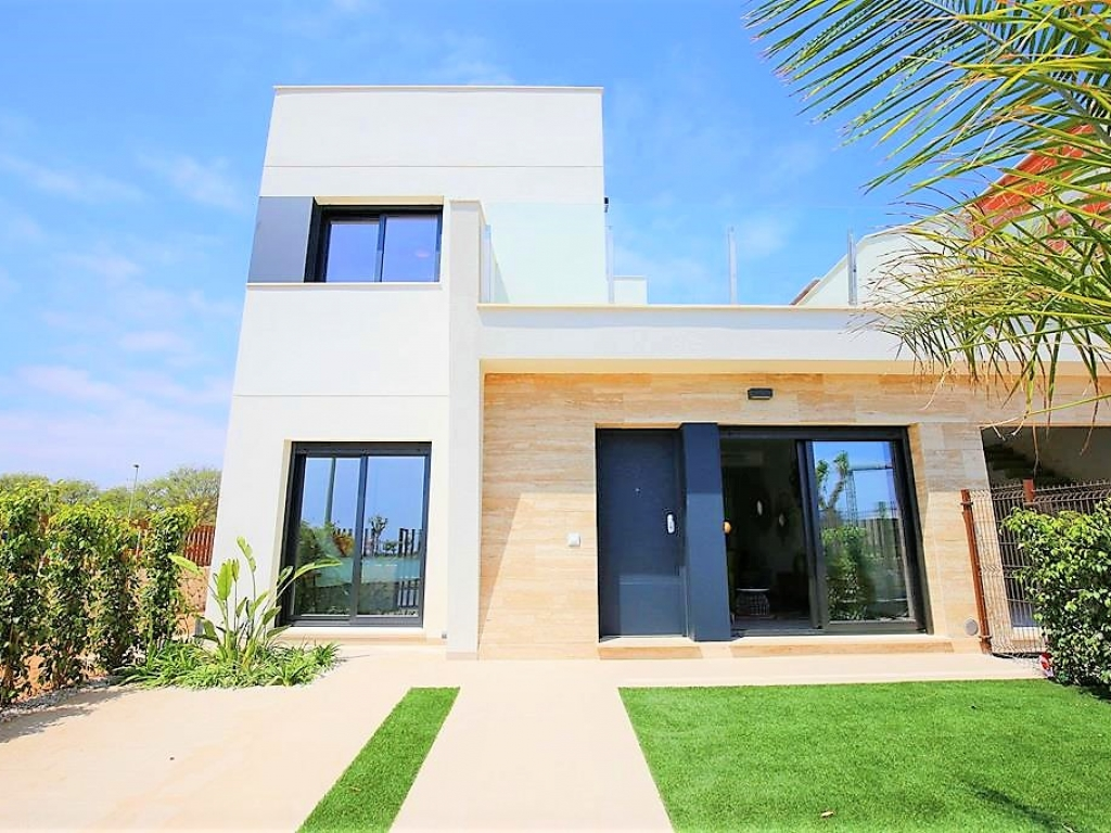 New Build Villa for sale in Torre de la Horadada